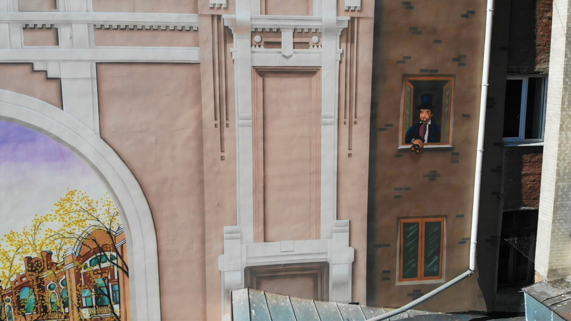 Мурал на заказ на фасаде музея UT-ART STUDIO детали